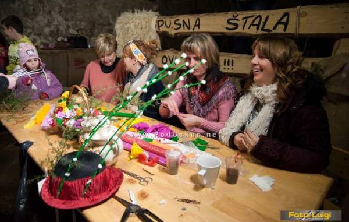 Karnevalska radionica 'Kako se delaju pusne rožice za maj' održava se u četvrtak na Zametu