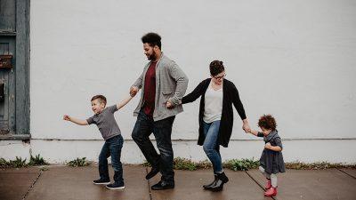 Ja, mama i tata – zajedno dva sata! – Besplatna radionica za roditelje i djecu predškolskog uzrasta