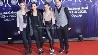 Damir Kedžo putuje na Eurosong: Riječki pjevač osvojio Doru pjesmom 'Divlji vjetre'