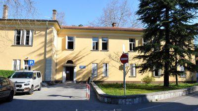 KBC Rijeka trenutačno brine o 42 pacijenta pozitivna na COVID-19, dosad čak četvero otpuštenih nakon izlječenja