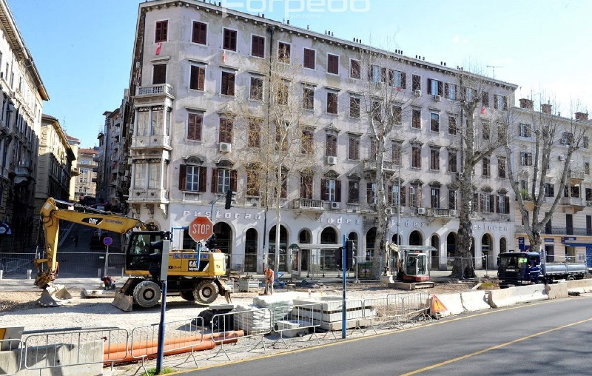 FOTO Radovi se nastavljaju u Krešimirovoj ulici – Opsežan projekt mogao bi biti gotov do kraja lipnja
