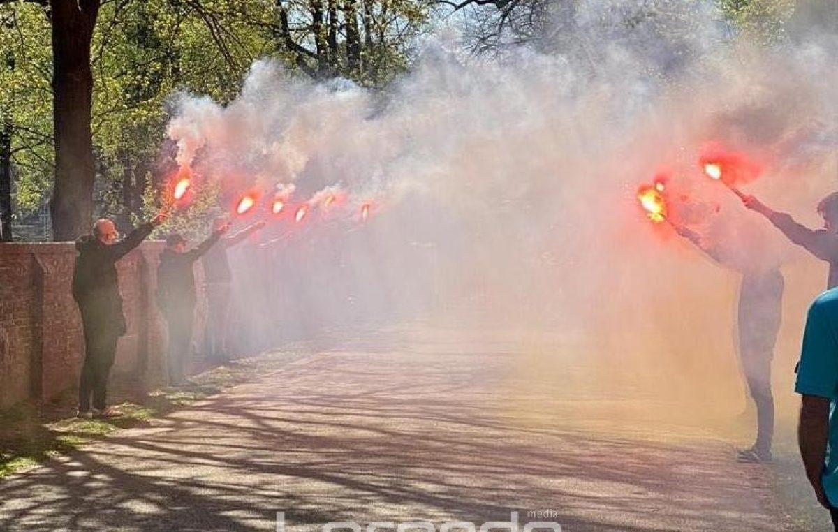 FOTO/VIDEO Bursaća na posljednji počinak ispratili Koeman i Cocu
