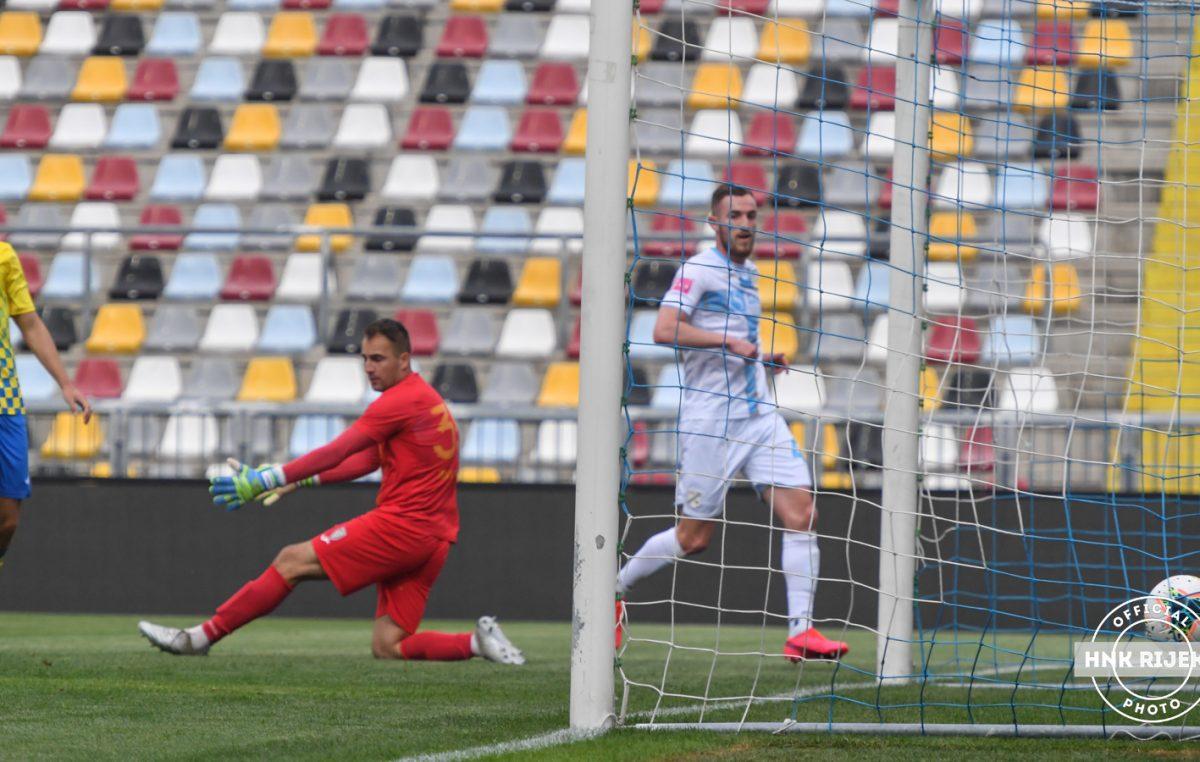 Nogometaši Rijeke vratili su se na travnjak: 'Bijeli' su svladali Inter iz Zaprešića visokim rezultatom