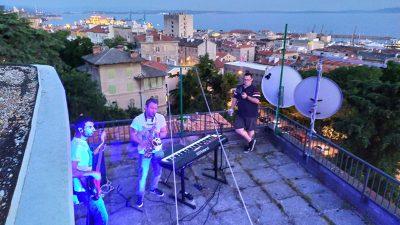 Ove subote u sklopu Muzike s krovova nastupa bend Reaktiva