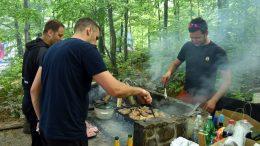Počela sezona roštilja na Platku – termini popunjeni i za idući vikend
