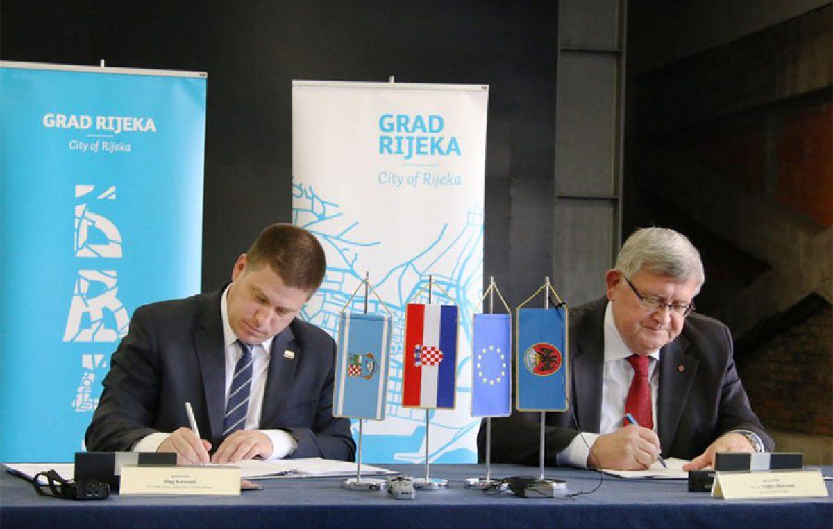 Obersnel i Butković ovjerili petogodišnju koncesiju prostora Exportdrva na Delti za potrebe kulture
