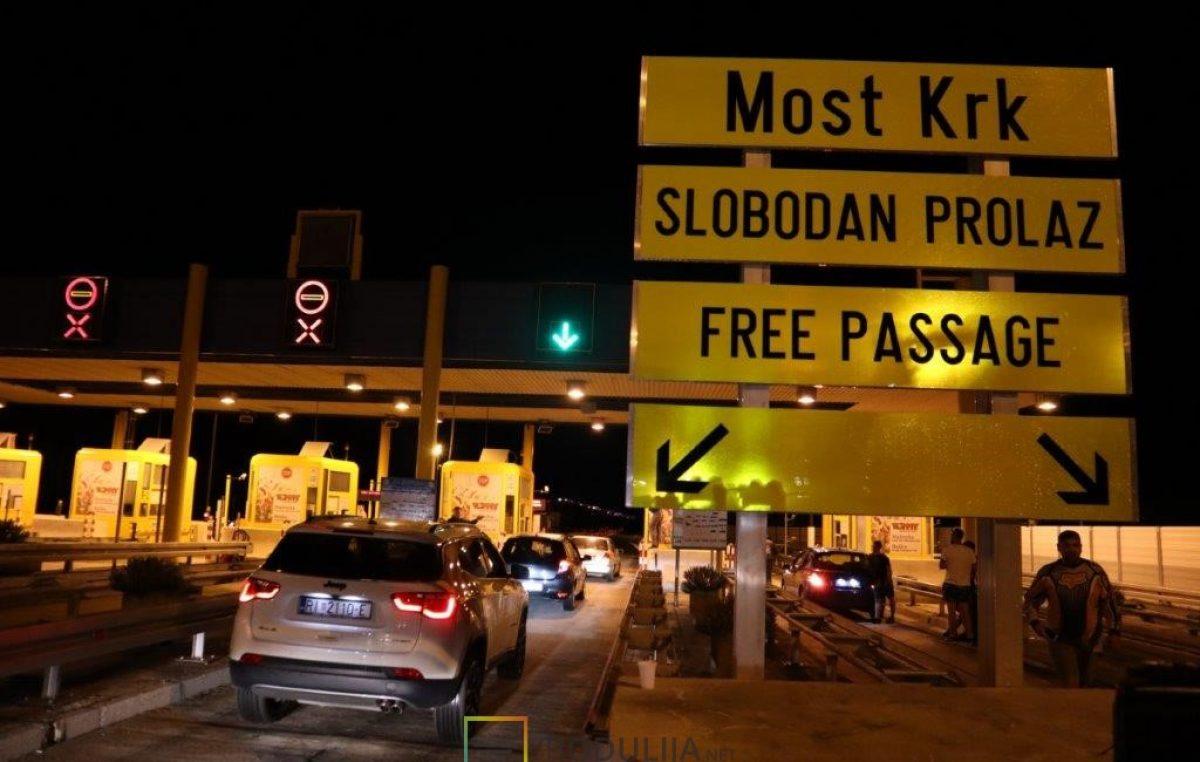 """VIDEO/FOTO """"Most je oslobođen!"""" – Prigodnom svečanošću proslavljen prestanak naplate Krčkog mosta"""