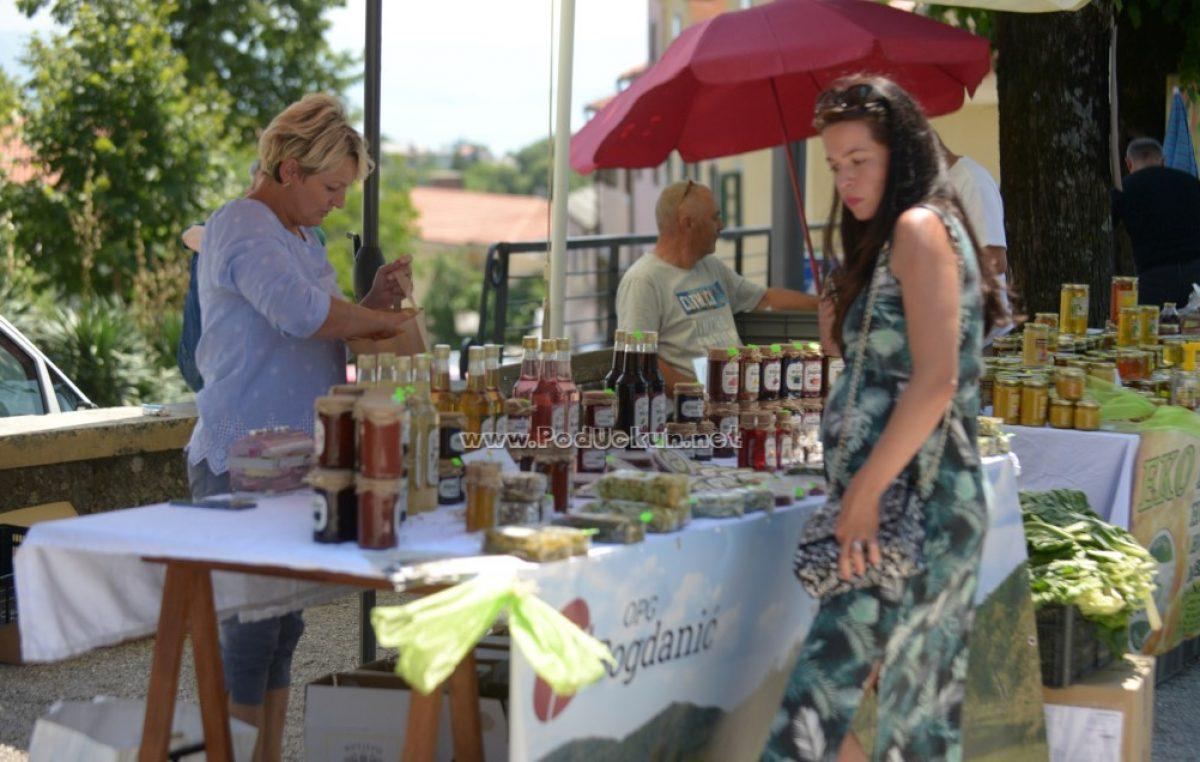 FOTO Održan 58. 'Zeleni Kastav' – Fortica je ponovo bila ispunjena friškim, zdravim i ukusnim proizvodima