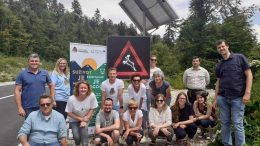 EU projekt Carnivora Dinarica: Predstavljen aktivan prometni znak za detekciju prisutnosti divljih životinja u blizini prometnice