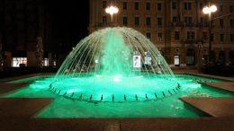 Fontane na Jadranskom trgu u zelenom povodom obilježavanja Međunarodnog dana Phelan McDermid sindroma