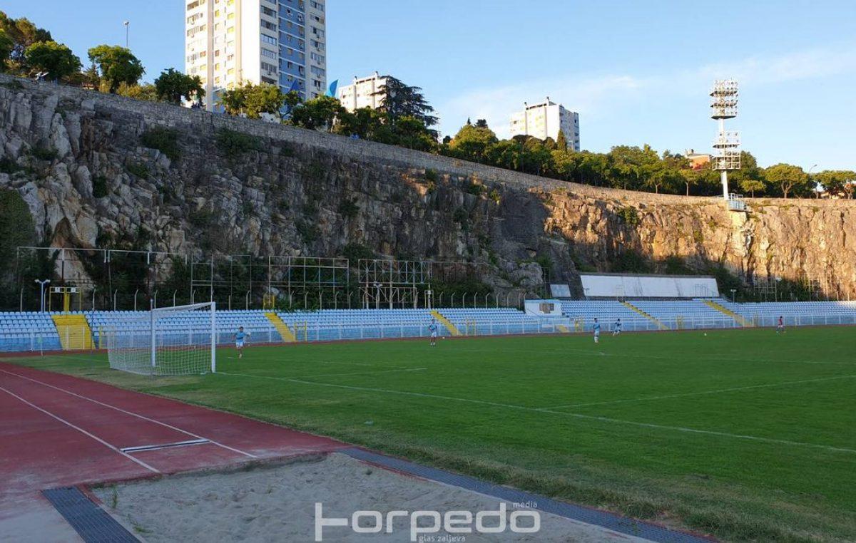 Sutra će snage odmjeriti Lokomotiva i Pomorac 1921: Derbi četvrte lige pratite uživo na portalu Torpedo.media