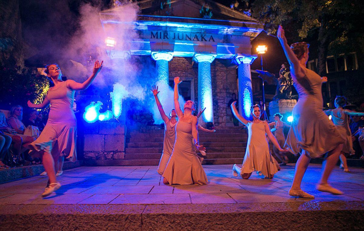 Ljeto na Gradini – Gradina Dance Art magično nas uvodi u početak 15. izdanja poznate manifestacije