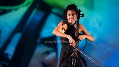 VIDEO/FOTO Serenada Opatiji iz žica sjajne violončelistice: Ana Rucner očarala Ljetnu pozornicu