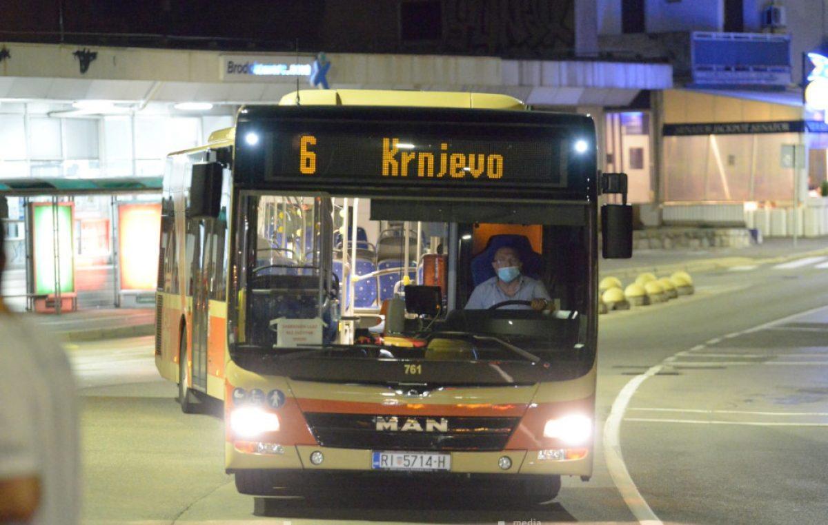 Vozač Autotroleja objasnio zašto autobus kasni: 'Putnici se istresaju na nama, ali nismo mi baš svemu krivi'