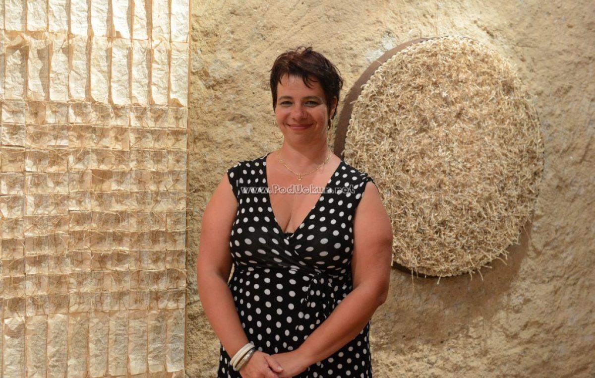 U OKU KAMERE U Galeriji Sv. Trojice otvorena izložba 'Memorabilije' autorice Barbare Cetine @ Kastav