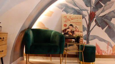 Pogledajte kako izgleda novi kafić na Korzu kojeg je dizajnirao frontman benda Jonathan