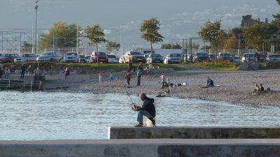 FOTO Ljeto nam se vratilo: Riječani iskoristili toplu jesenju subotu za sunčanje i kupanje