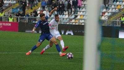 Nakon reprezentativne stanke nogometaši Rijeke dočekali Varaždin