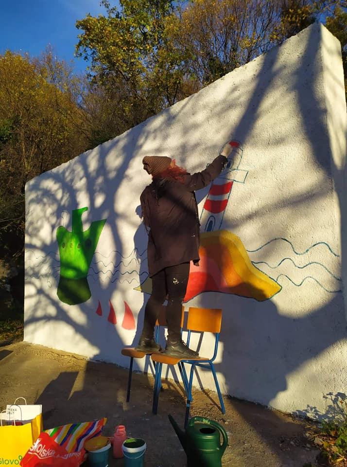Izrada prvog nenavijačkog murala u susjedstvu Škurinje EPK