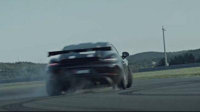 [VIDEO] Grobnik izgleda sjajno dok pistom juri Porsche Cayman GT4 u atraktivnoj reklami