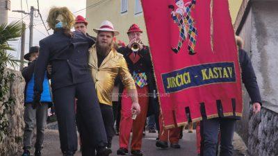 [VIDEO/FOTO] Pust pul Jurčić: Malo po malo, na pale je finil – Sralo