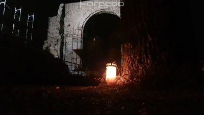 Prosvjednici pale lumine: Posječena stabla na Crekvini, najavljena sadnja novih