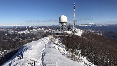 VIDEO/FOTO Suncem okupana snježna idila na vrhu Učke i pogled od kojeg zastaje dah