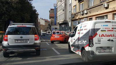 Prometna nesreća u Strossmayerovoj ulici usporava promet prema centru grada