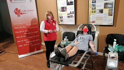 Volonteri EPK sudjelovali u akciji darivanja krvi u HKD-u