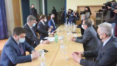SDP Rijeka: Premijer Plenković je pod krinkom Vladinog posjeta bio na stranačkom izletu
