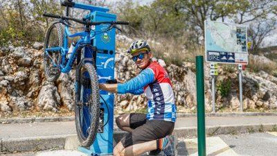 [FOTO/VIDEO] Kostrena predstavila novu servisnu stanicu za bicikle