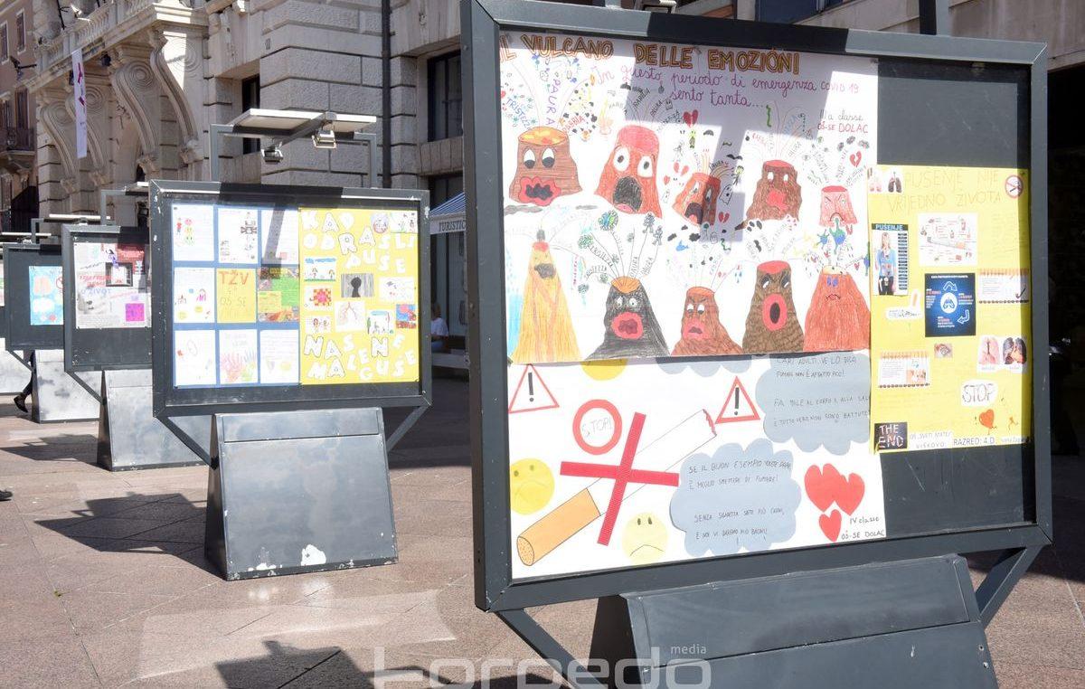 [FOTO] U sklopu Svjetskog dana nepušenja, na Korzu postavljena izložba učeničkih plakata