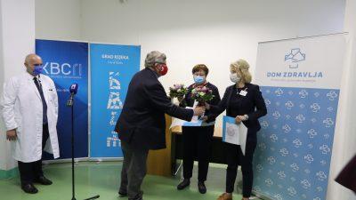 Gradonačelnik Obersnel posjetio KBC: Medicinske sestre zadužile su svojim djelovanjem sve građane Rijeke i okolice