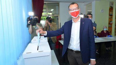 Izlazne ankete predviđaju pobjedu Marku Filipoviću