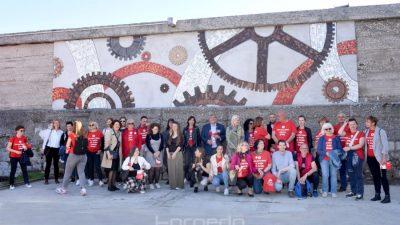 [FOTO] Na Riječkom lukobranu održano predstavljanje mozaika posvećenog volonterima EPK
