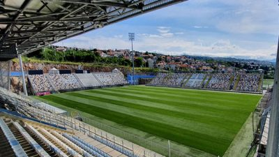 Na stadion HNK Rijeke postavljen novi travnjak