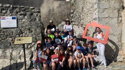 Učenici OŠ Podmurvice Rijeka obišli dvije frankopanske lokacije – Kaštel u Bakru i Dvorac Nova Kraljevica