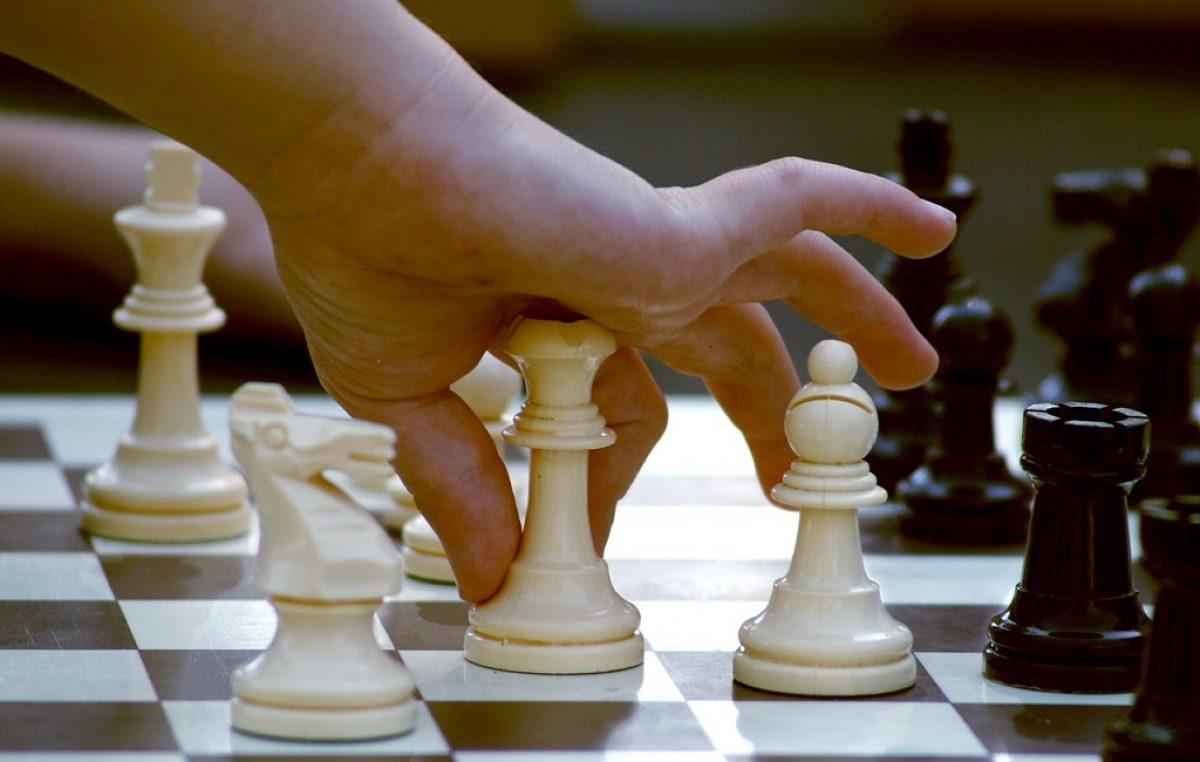 Mladi Erik Golubović iz Rijeke prvak Hrvatske u šahu, a Ivano Sundać iz Crikvenice drugoplasirani u kategoriji do 15 godina