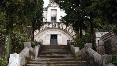 Groblje Kozala zadnje je počivalište brojnih znamenitih imena: Grad Rijeka daje novac za sanaciju ruiniranih grobnica