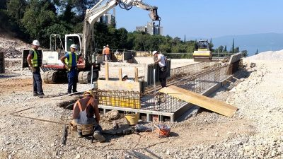 Radovi širokog iskopa i temelja na postrojenju sortirnice u Mihačevoj dragi