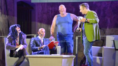 [FOTO/VIDEO] Oštija ft. Robert Ferlin natjerala publiku na Crekvine 'na smeh do suz' @ Kastav