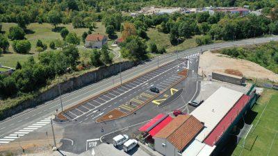 Završena izgradnja parkirališta ispred NK Halubjana