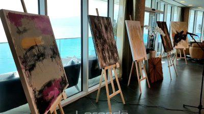 Slikarica i floristica Dagmar Ditetova predstavila svoje radove na izložbi u riječkom Hiltonu