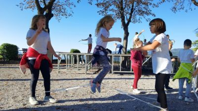 [VIDEO/FOTO] Stare zaboravljene igre, turnir u graničaru i dodjela priznanja obilježili Sportski dan u Kastvu