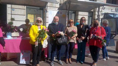 Delegacija KBC-a Rijeka posjetila štand Udruge Nada na Korzu